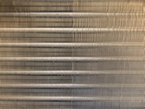 ダイキンエアコンクリーニング、三菱電機エアコンクリーニング大阪府茨木市現場写真。ダイキンエアコン熱交換器クリーニング後アップ